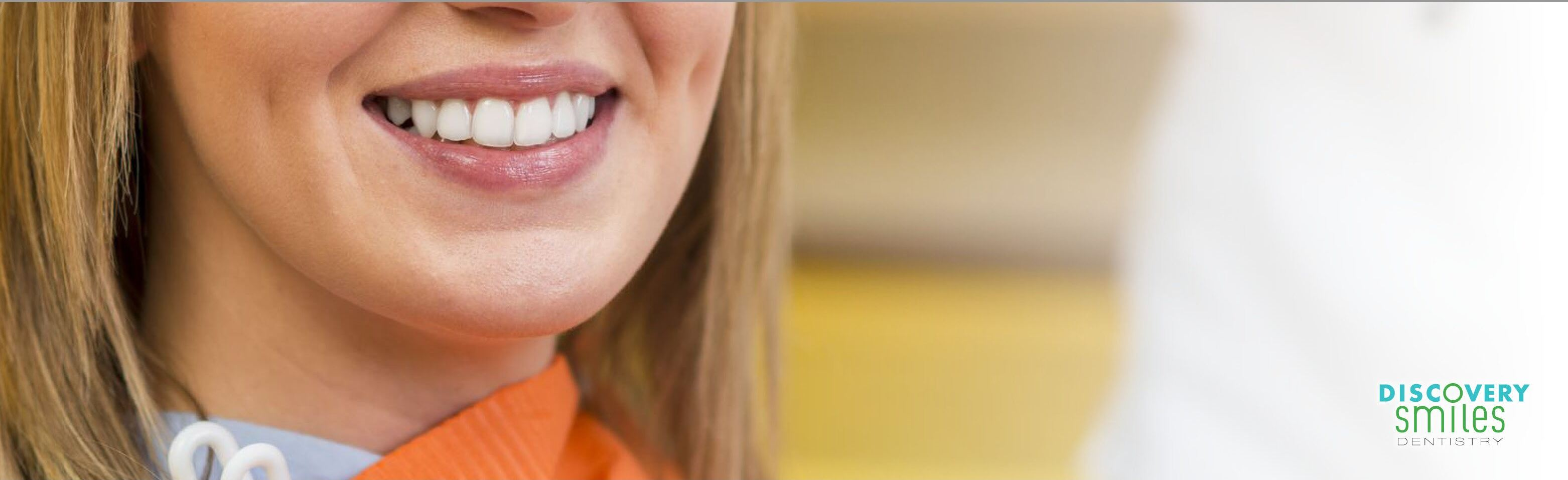 A woman with a beautiful smile portrays the concept of results after seeing a cosmetic dentist in Tucson.